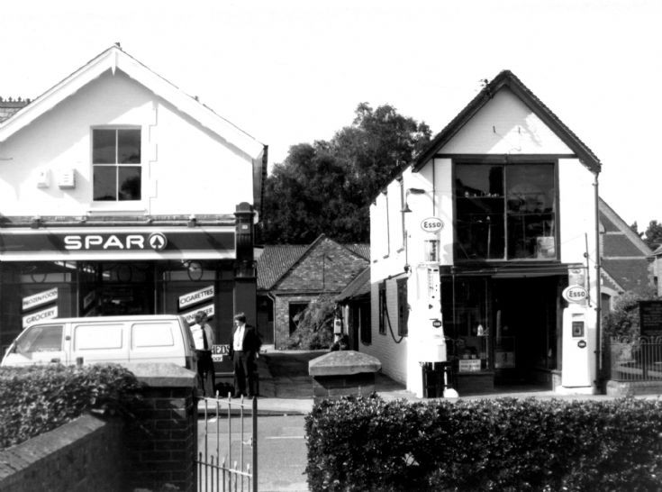 Spar shop and Quick's Garage, Handcross