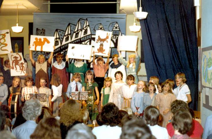 Warninglid school end-of-term show