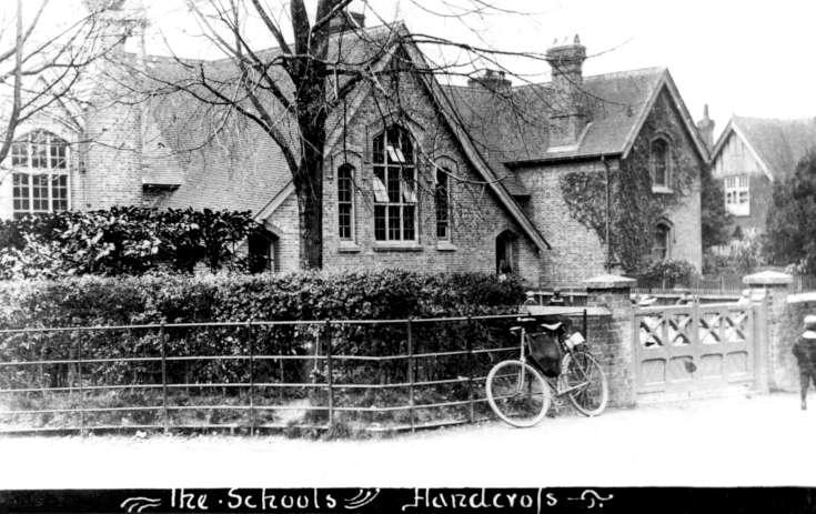 Handcross school exterior