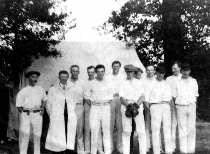 Handcross cricket team - earliest photograph