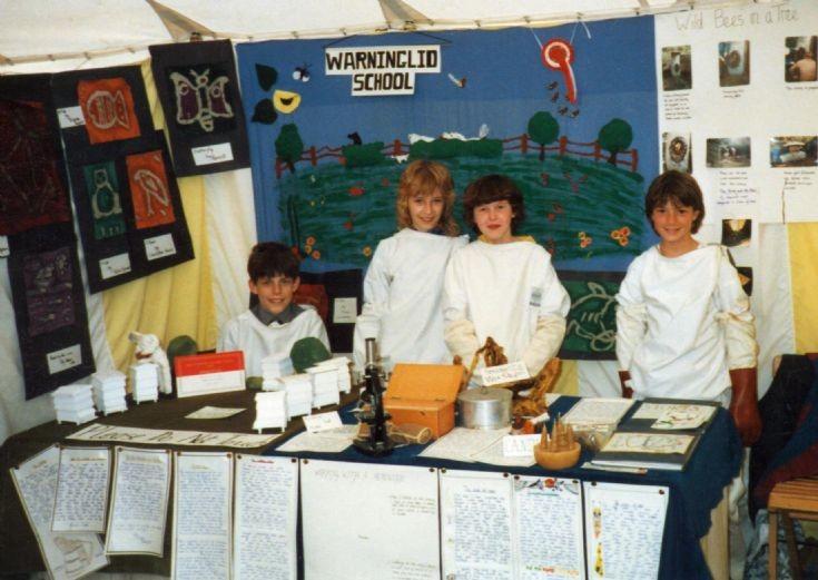Warninglid school beekeeping group
