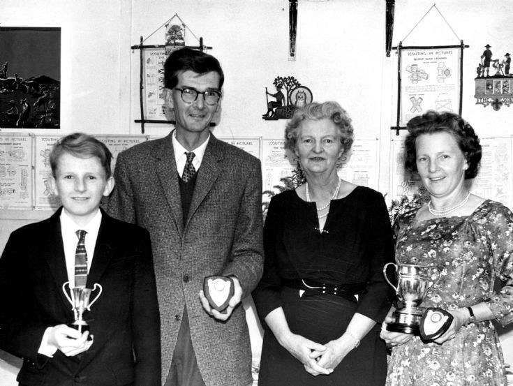 Handcross tennis club awards