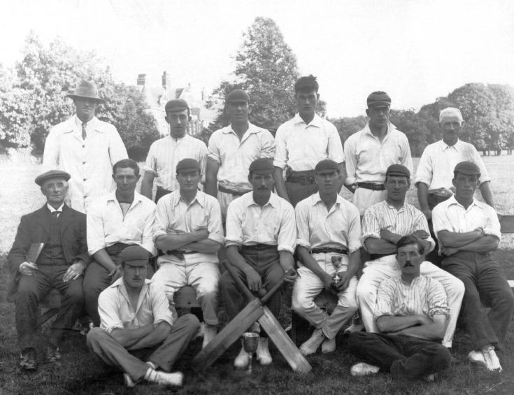 Handcross Park cricket team