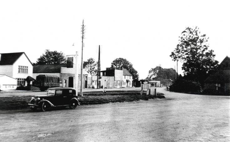 Richardson's Garage, Pease Pottage