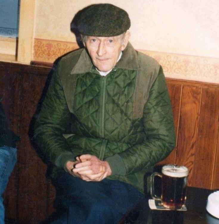 Ron Edwards in the Fountain Inn, Handcross