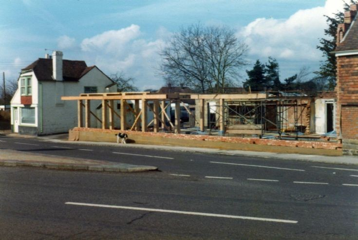 Rebuilding the Red Lion with oak framing