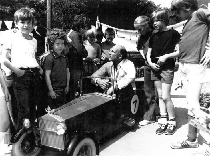 Stirling Moss at Warninglid School (1 of 2)