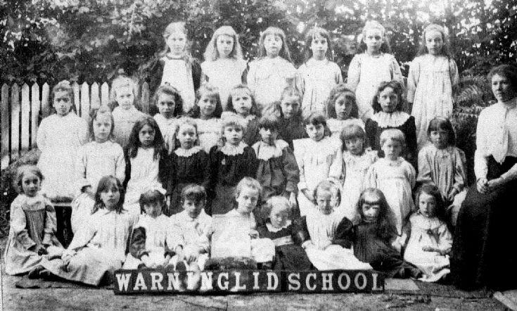 Warninglid School photograph of Group 4