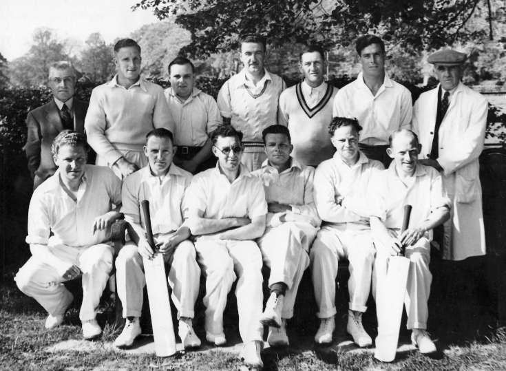 Handcross cricket team 1948