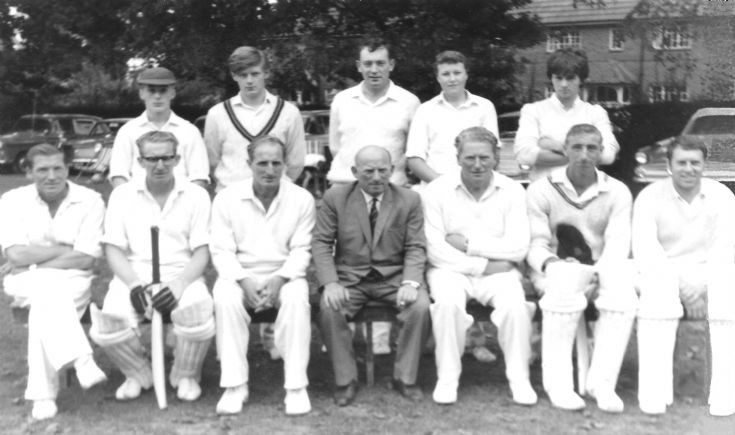 Handcross cricket team 1972
