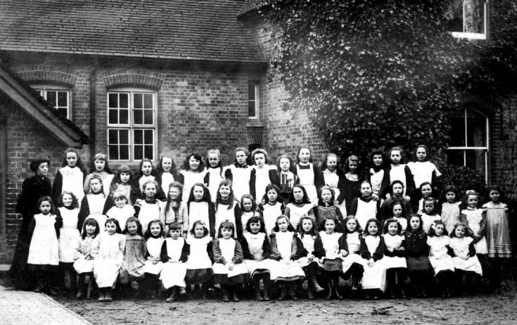Handcross School - Girls photograph 1904
