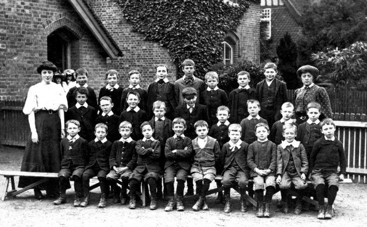 Handcross School 1908 (2 of 3) Boys