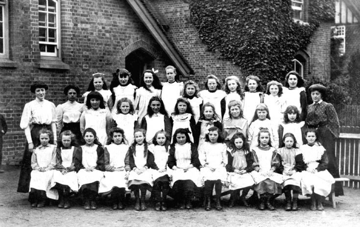 Handcross School 1908 (3 of 3) Girls