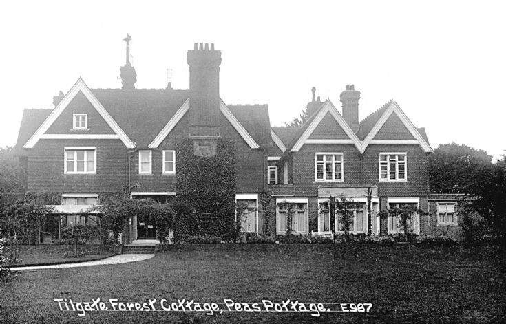 Tilgate Forest Cottage, Pease Pottage