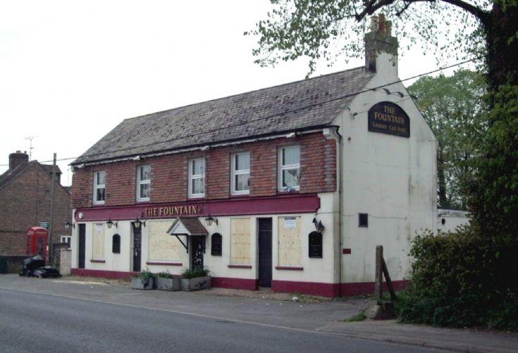 Fountain Inn, Handcross (6 of 7)