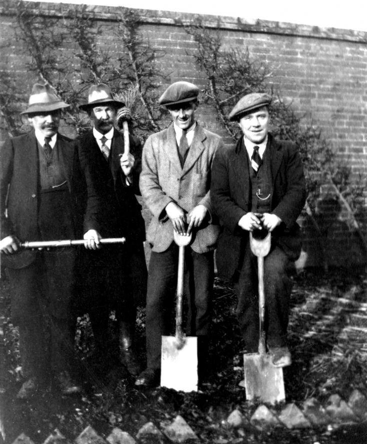 Woodhurst - The garden staff
