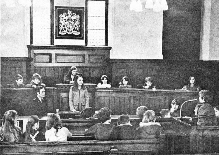Warninglid School pupils in Magistrates Court