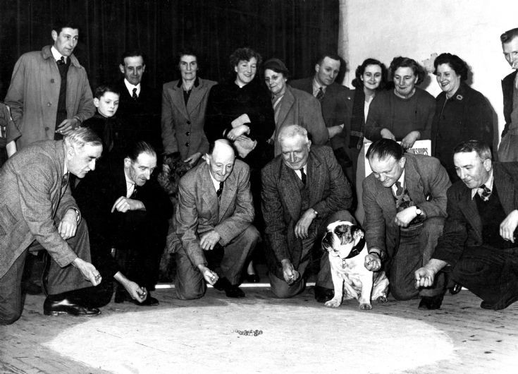 Handcross Bulldogs marbles team 1952 (3 of 7)