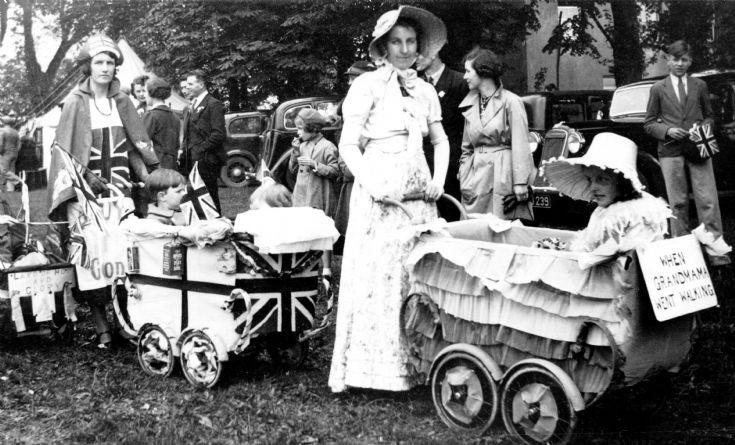 Coronation of George VI - Parade of prams