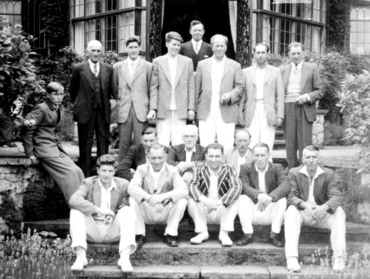 Staplefield cricketers ar Stone Court