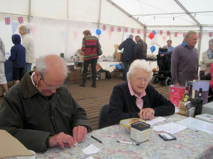 Staplefield Fun Day 2012 (2 of 3)