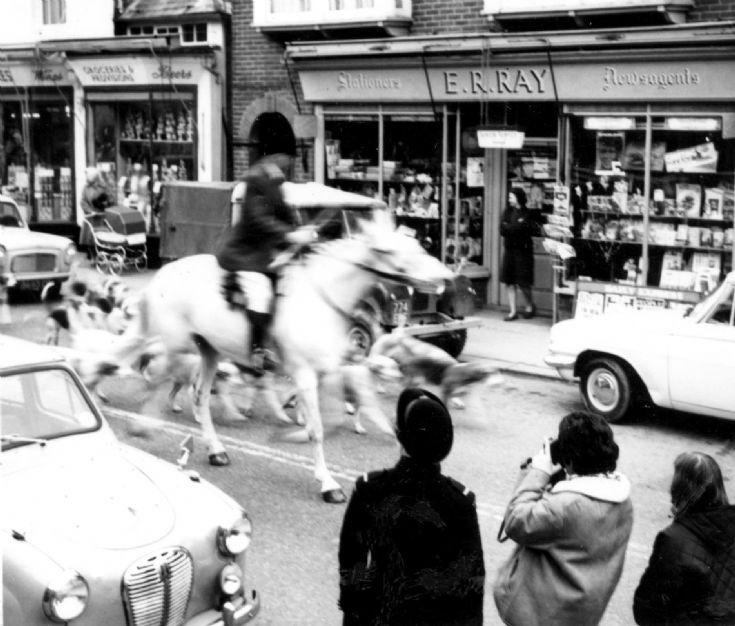 Foxhunt in Handcross High Street