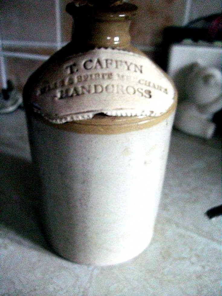Thomas Caffyn flagon from Handcross Post Office