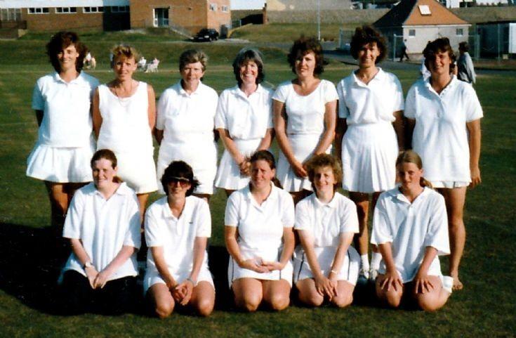 Handcross stoolball team 1993
