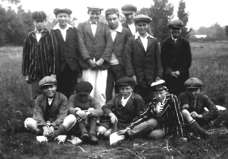 Handcross boys cricket team