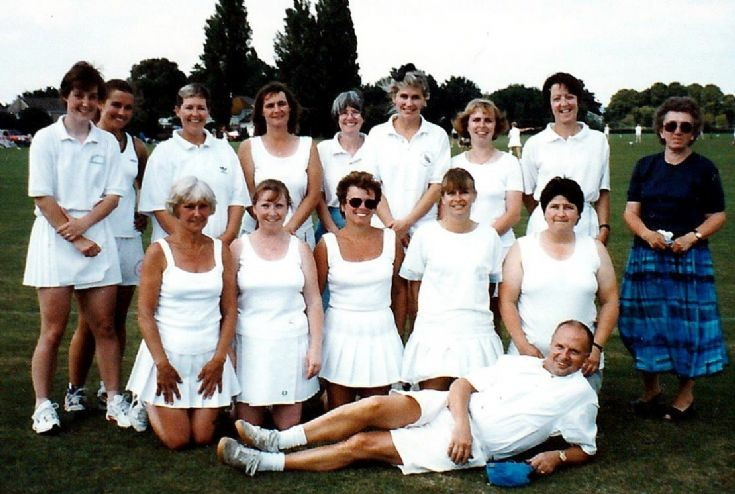 Handcross stoolball team at tournament (3 of 6)