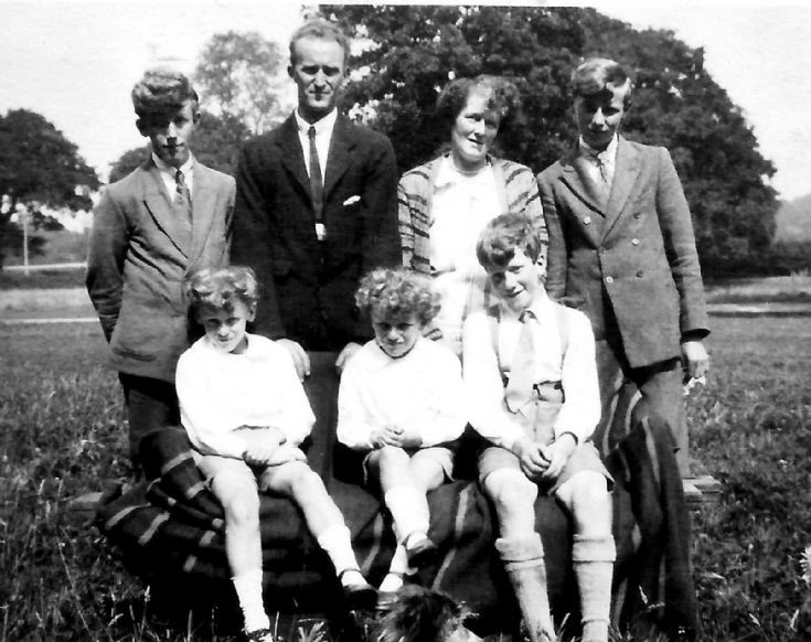 The Brown family from Ashfold, Handcross
