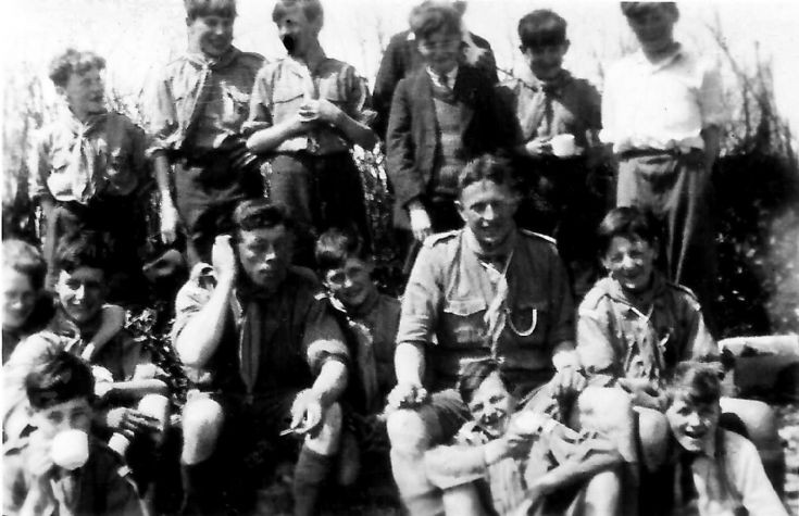 Handcross scout troop