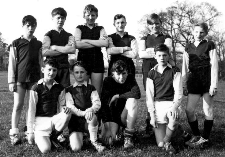 Staplefield Minors football team (2 of 4)