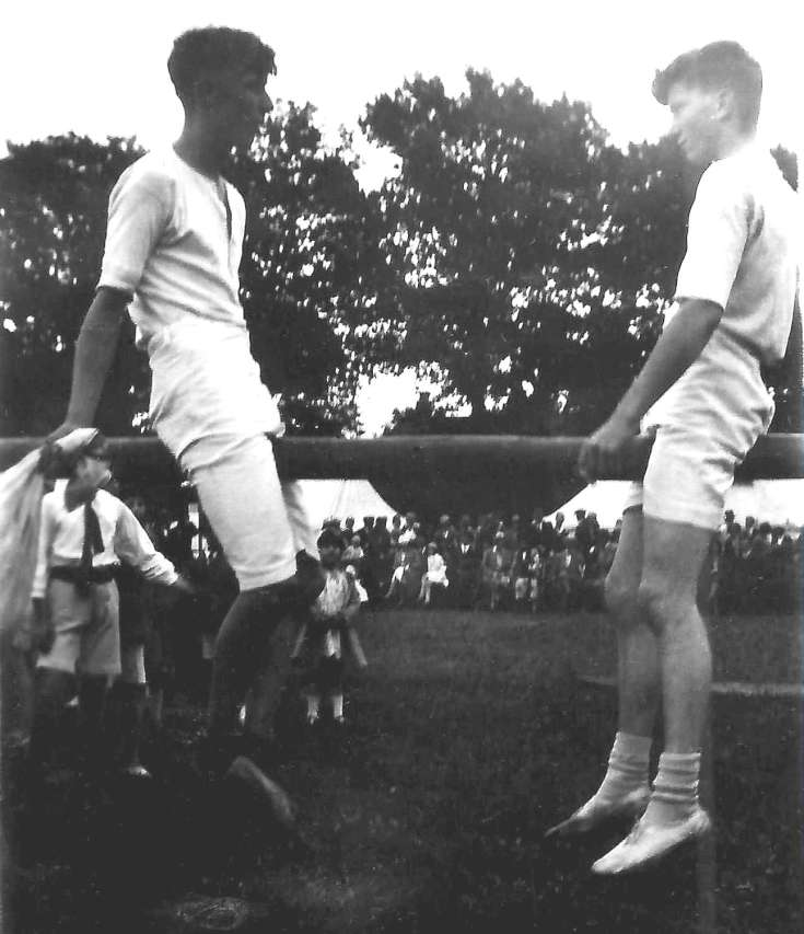 Handcross show and sports day 1932 (1 of 2)