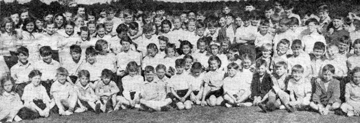 Handcross school in sports competition