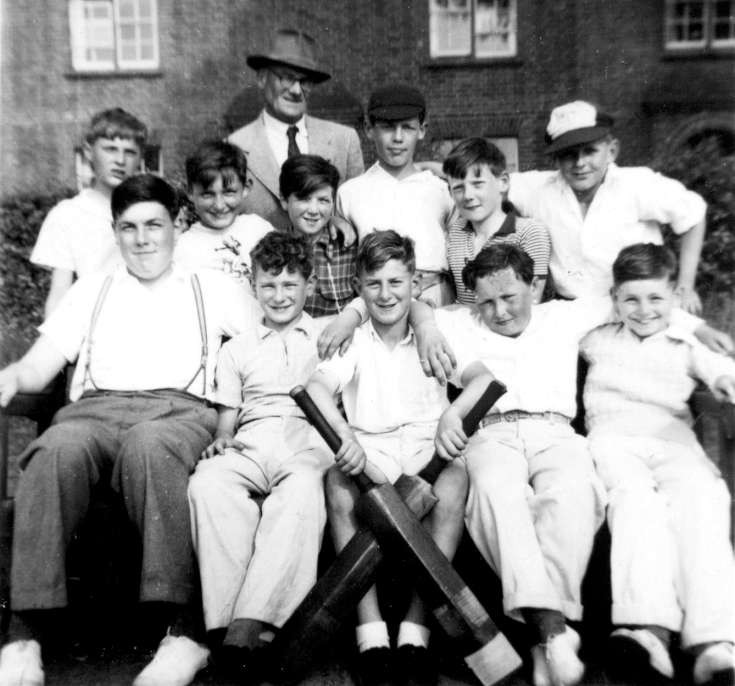 Handcross School cricket team