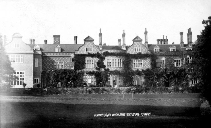 Ashfold House, Handcross (1 of 3)