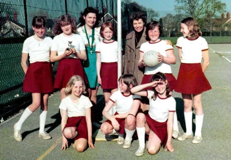 Handcross School netball team 1978