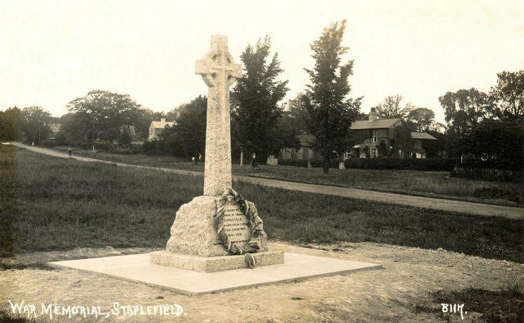 Staplefield war memorial