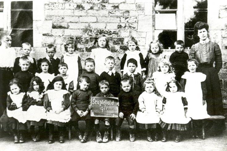 Staplefield school