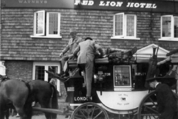 Red Rover stagecoach at Red Lion