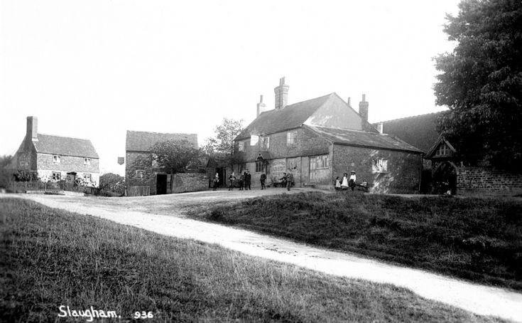 Children outside Old White Horse, Slaugham