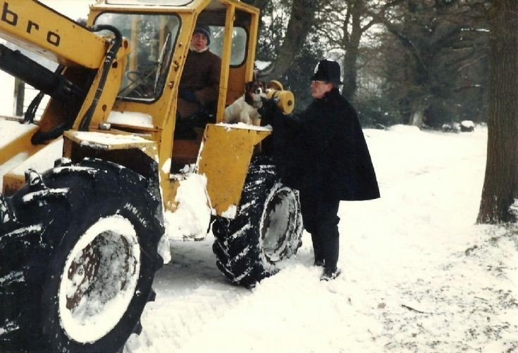 Snow clearance at Staplefield