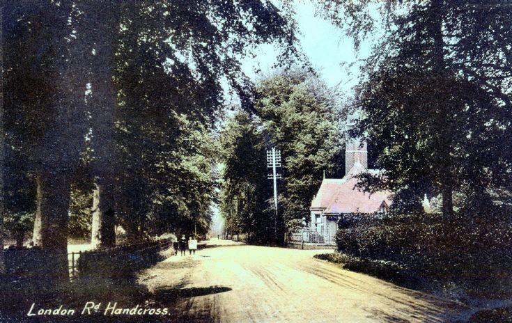 Handcross Park West Lodge