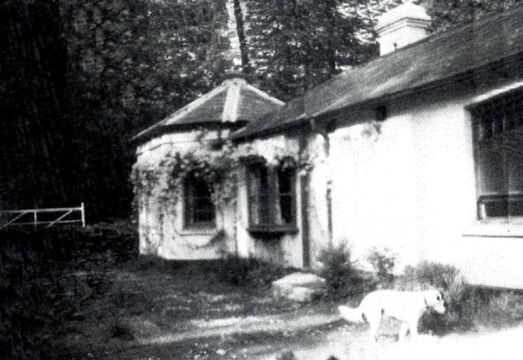 The Gate Lodge, Tilgate Forest Lodge