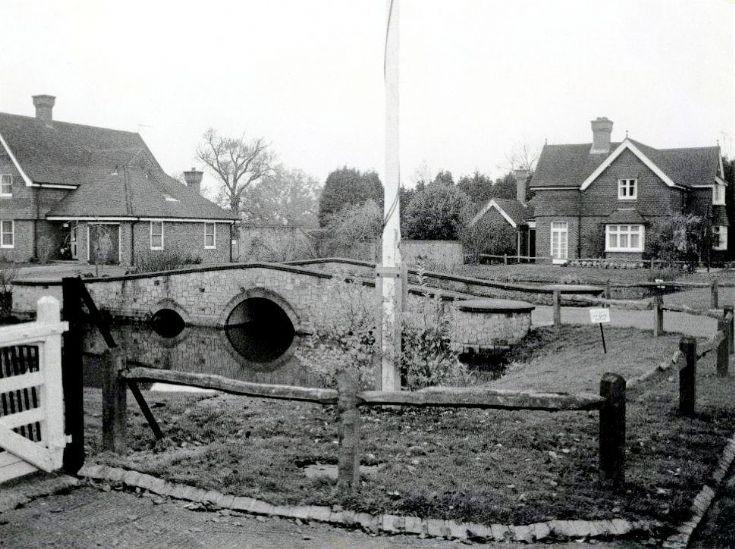 Entrance to Lydhurst, Warninglid