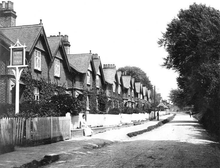 Auction of Warren Cottages, Handcross