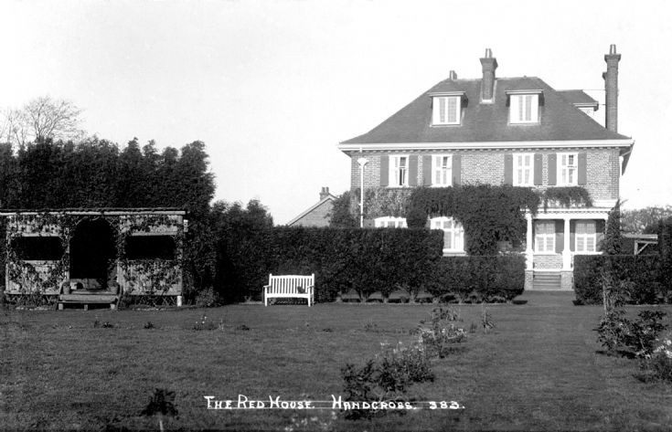 Red House, Handcross