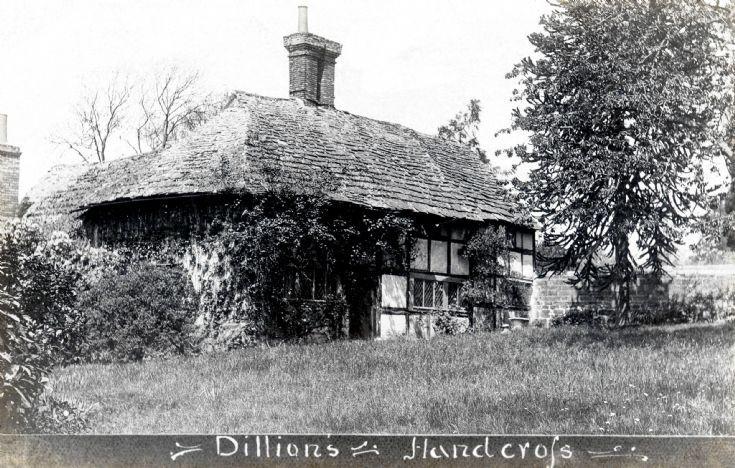 Dillions farmhouse, Handcross