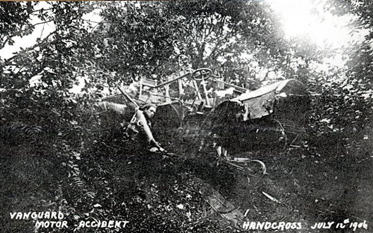 Vanguard accident - Bus overhanging